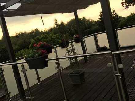 Freundliche 4-Zimmer-Maisonette-Wohnung mit Dachterrasse und Blick ins Grüne