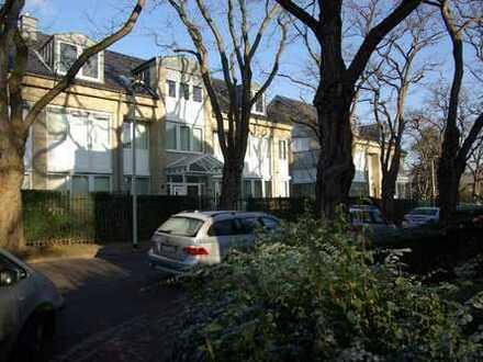 Bonn, Rüngsdorf, großzügige 3-Zimmer-Erdgeschoßwohnung in ruhiger Lage