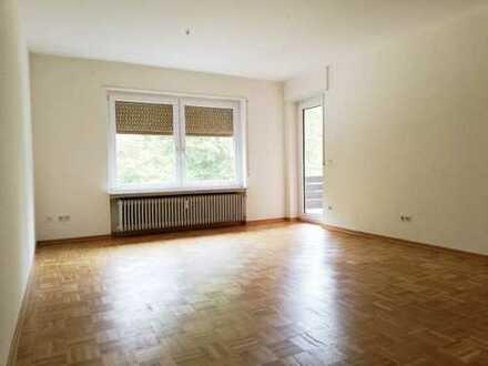Geräumige 3 ZKB Wohnung in guter Lage