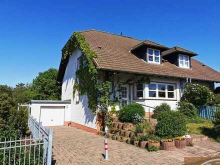 Moderne DHH in schöner ruhiger Dorfrandlage mit Garten und Garage und guter Anbindung nach Köln