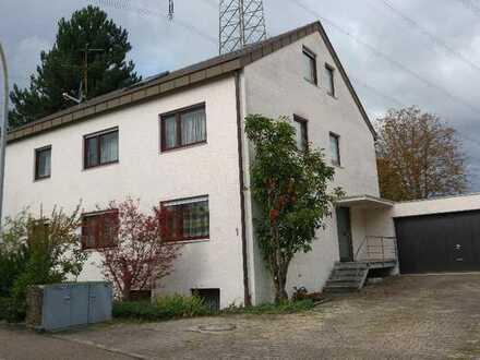 Freundliche, vollständig renovierte 1-Zimmer-Wohnung in Weinstadt