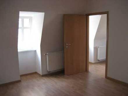 Preiswerte, sanierte 3-Zimmer-Dachgeschosswohnung in Glauchau