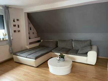 Modernisierte 2-Zimmer-DG-Wohnung in Dudenhofen