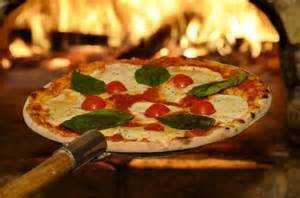 KRISTAN Immobilien: Pizzeria - Heimservice in sehr guter Lage zu vergeben