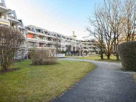 MÜNCHNER IG: Modernes & lichtdurchflutetes 1-Zimmer Apartment in ruhiger Lage & Terrasse !
