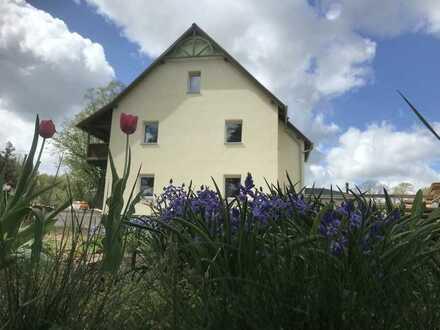 +++ ERSTBEZUG: barrierefreie 2-Raum-Wohnung mit Terrasse und Carport +++