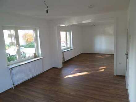 Erstbezug nach Renovierung: Helle, moderne und ruhige 3,5-Zimmer-EG-Wohnung nahe Weitmarer Holz