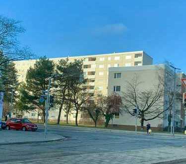 Helle 3-Zimmer-Wohnung mit Balkon mit Weitblick in Hasenbergl direkt vom Eigentümer