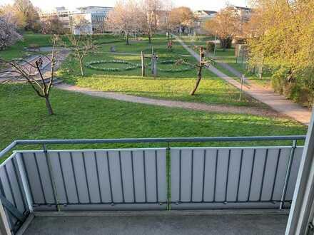 Vollständig renovierte 1-Zimmer-Wohnung mit Balkon und EBK in Kernen im Remstal
