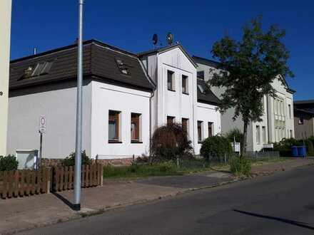 3 Raum Wohnung im Altbau im Dachausbau