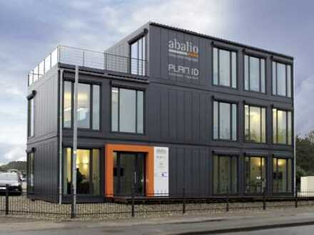 Außergewöhnliches Bürogebäude vor den Toren Oldenburgs mit Seeblick!