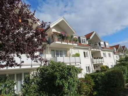 Gepflegte 2-Zimmer-Dachgeschosswohnung mit Balkon in Leipzig