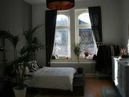 ZWISCHENMIETE! Altbauwohnung in Stadt-&Uninähe - super zentral