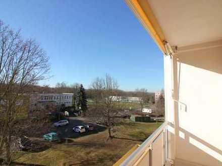 3-Raumwohnung mit Balkon!