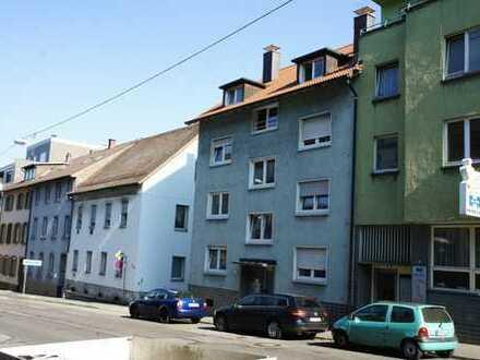 Einfache, zentrale Stadtwohnung