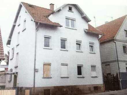 Großes Grundstück mit 3 Häuser im Zentrum von Böblingen