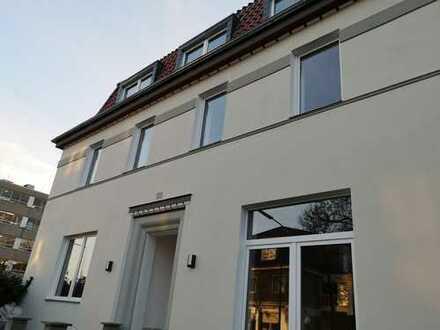 Schöne 5-Zimmer Wohnung mit offener Küche und Terrasse