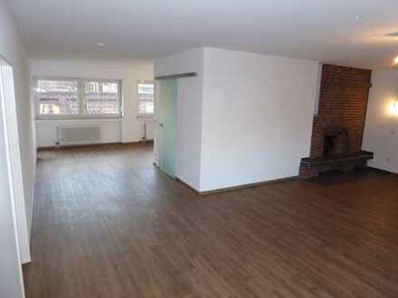Erstbezug nach Sanierung: attraktive 3,5-Zimmer-Wohnung mit Balkon in ruhiger Zentrumslage Viersen
