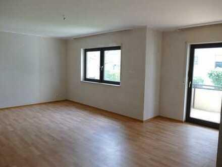 Gepflegte 2-Zimmer-Wohnung mit Balkon in Obertshausen