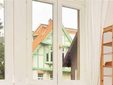 Beste Lage Neuenheim! Hochgemütliche 2-Zimmer-Wohnung - EBK - Balkon - Sehr ruhig und sehr zentral!