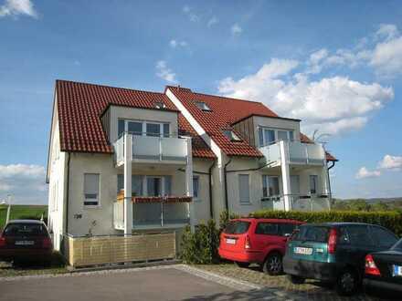 Gepflegte 4-Zimmer-EG-Wohnung mit Terrasse in Mühlacker
