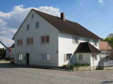 OG - gepflegte Wohnung mit Gartennutzung - Warmiete 750 €