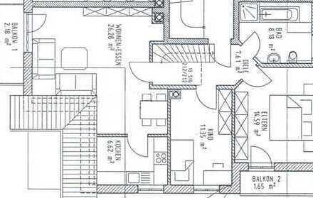 Neuwertige 4-Zimmer-Dachgeschosswohnung mit Balkon und Einbauküche in Jengen