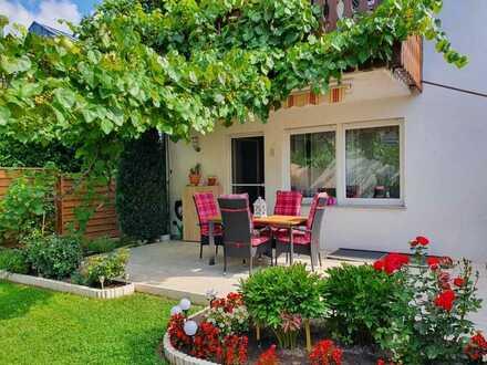 Großzügiges Eigenheim oder Kapitalanlage EG Maisonette-Wohnung mit Terrasse