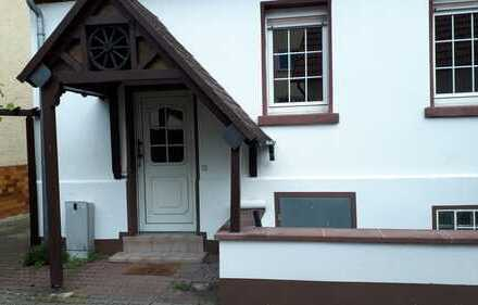 Gemütliche Wohnung mit Hauscharakter