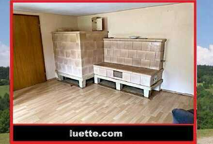 Wohnhaus, Altbau, Garage und darüberliegendes Geschoss neu aufgebaut – im Rohbau, ideal für Handw...