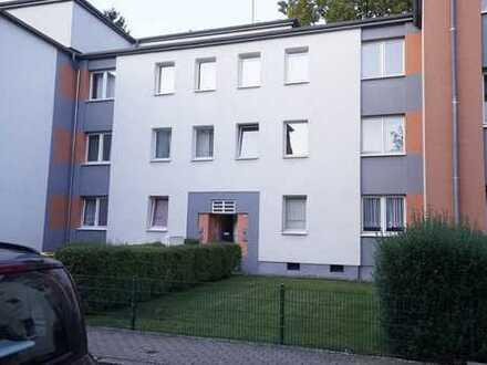 Modernisierte 2-Zimmer-Wohnung mit Garage in Mülheim Speldorf