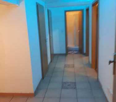 Schöne, geräumige zwei Zimmer Wohnung in Rosenheim (Kreis), Stephanskirchen