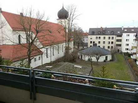 ** Sonnige und TOP gelegene 3 ZKB in Lechhausen **