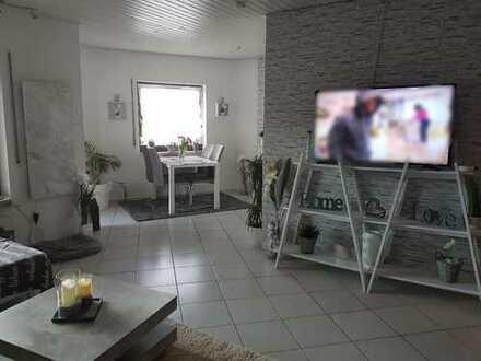 Schöne 3-Zimmer-Wohnung mit Balkon und EBK in Wildberg