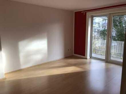 Stilvolle, gepflegte 4-Zimmer-Wohnung mit Balkon in Bahrenfeld, Hamburg