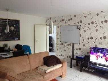 Helles 14qm WG Zimmer in dreier-WG
