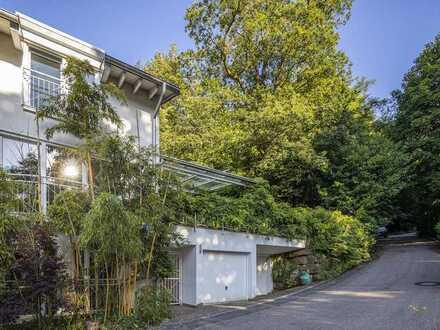 Doppelhaus im Grünen mit großem Garten