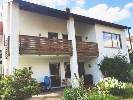 Schöne, neu renovierte 3-Zimmer-Terrassenwohnung in LL-West!