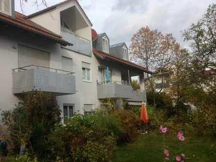 Sonnige 1-Zimmer-Wohnung mit Balkon in Pliening
