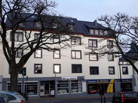 SOLLER - IMMOBILIEN 2 Zimmer Dachgeschosswohnung in zentraler Lage von Vegesack