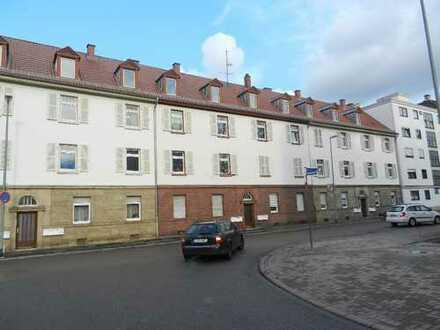 Ludwigshafen-Süd: Teilsanierte 2 ZKB Wohnung