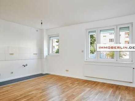 IMMOBERLIN: Frisch modernisierte Wohnung in beliebter Ruhiglage