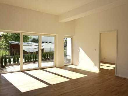 NEU! Wunderschöne, helle 3-Zimmer-Wohnung mit Terrasse, Garten und Freisitz in Kolbermoor