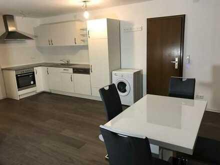 2 Zi Wohnung! Möbliert! Schöne neue Möbel!
