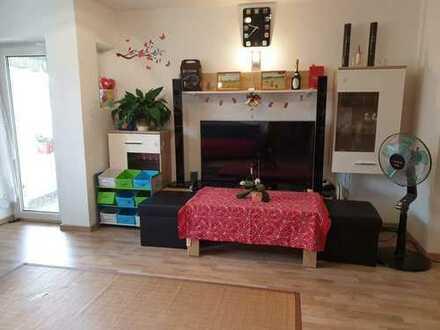 TOP möblierte 3-Zimmer-Wohnung mit Loggia und TOP-Einbauküche in Nähe von MIRA Einkaufszentrum