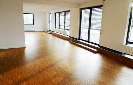 3-Zimmer-Penthouse-Wohnung mit großer Dachterrasse und EBK in Darmstadt