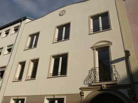 Schöne drei Zimmer Wohnung in Offenbach am Main, Stadtmitte