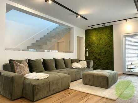 ** Freistehendes DESIGNER Haus **ca. 200 qm Wohnfläche, 450 qm Grund ** mit KINO ** 7 Zimmer **