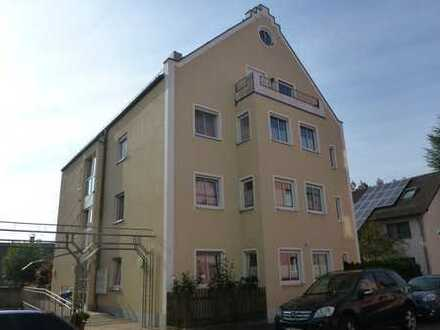 Ruhige Stadtwohnung 2 Zimmer, Küche, Bad, Balkon, Studiozimmer