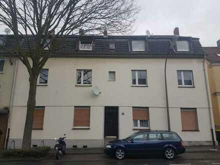 3-Zimmer-Dachgeschosswohnung (KD,Bad) zur Miete in Dortmund-Lindenhorst